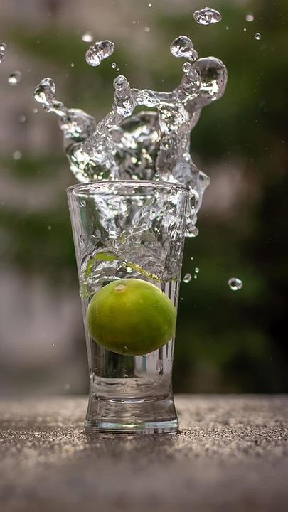 Cocktail med oliven